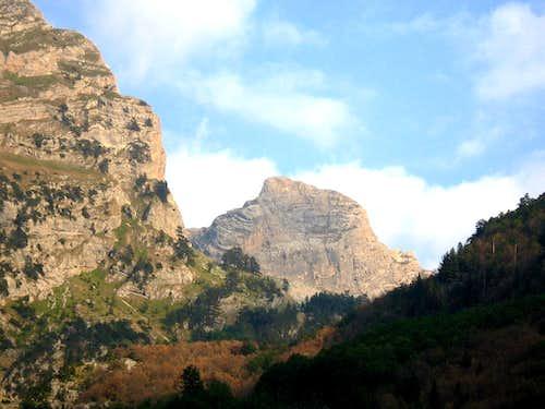 Maja e Prožmit (2452m)