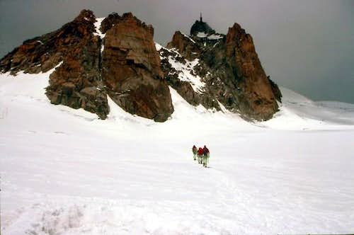Approaching Aguille du Midi
