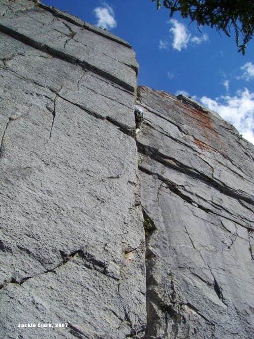 Cory's Groove, 5.9, 9 Pitches