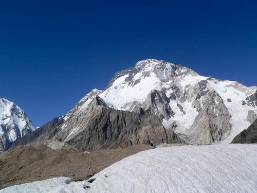 Broad Peak/Falcon Kangri, (8051m), Karakoram, Baltistan