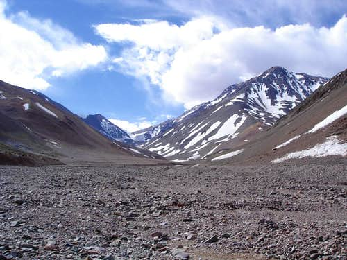 Cerro de Olivares - Base camp