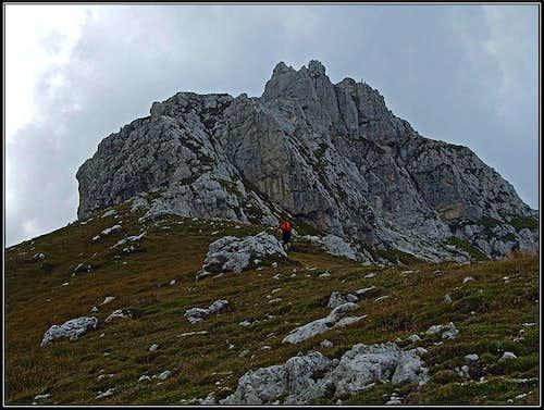 Nabois/Nabojs summit ridge
