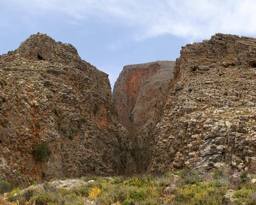 The narrow entrance to Aradena Gorge