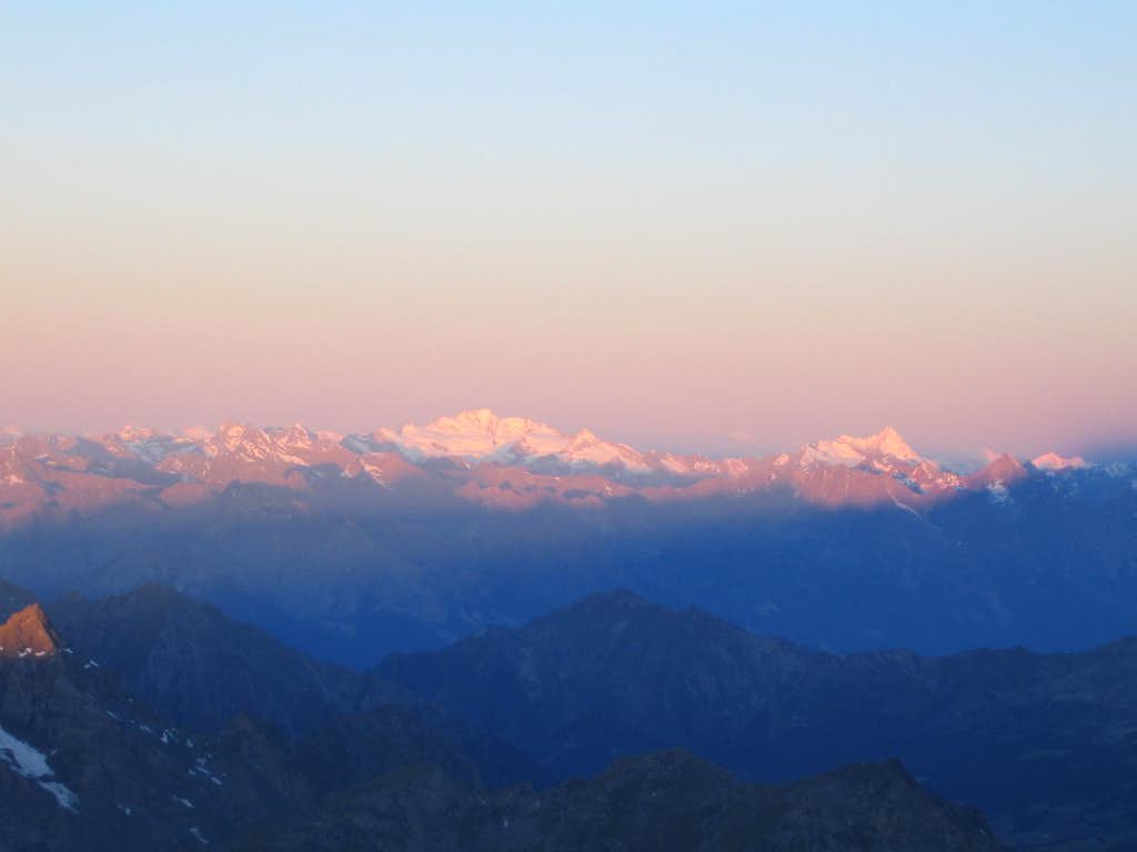 Gran Paradiso and Grivola in the first light