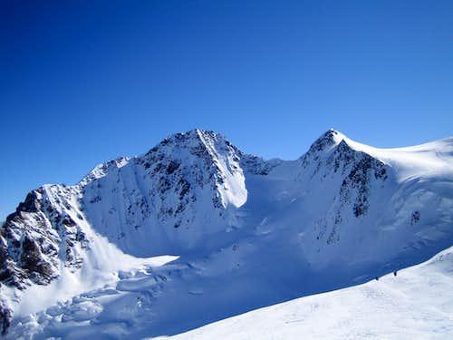 Dufourspitze and Zumsteinspitze