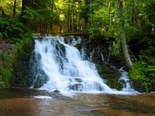 Unnamed Falls on Morgan Creek