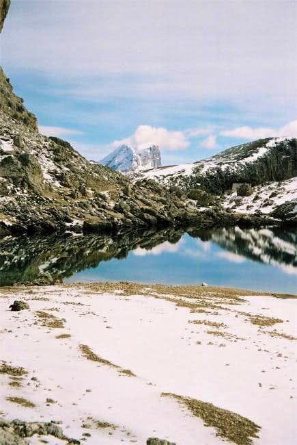 Lago di Antermoia and...