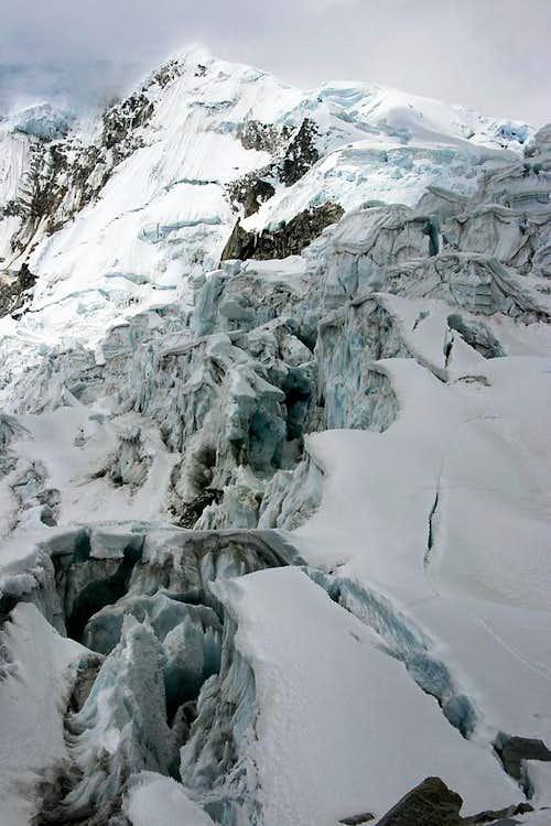 Climbers on Chopicalqui