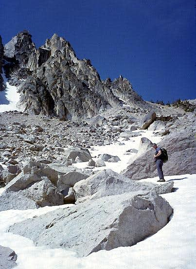 Approaching Mount Heyburn...