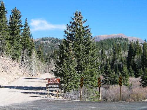 FS road 123 turnoff from Utah...