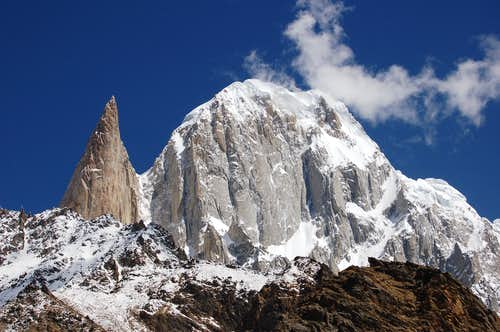 Lady Finger (left) & Hunza Peak (right)