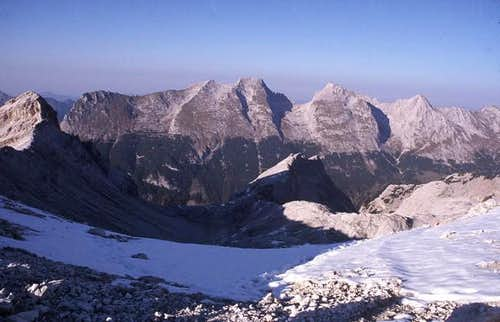 The ridge from Bäralplkopf,...