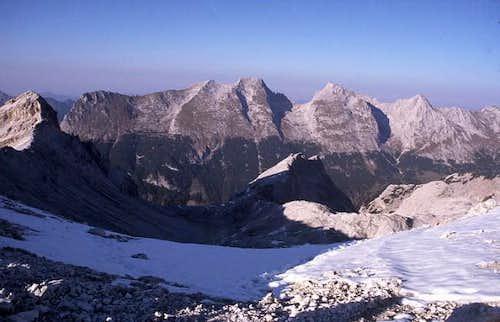 The ridge from Bäralplkopf,...