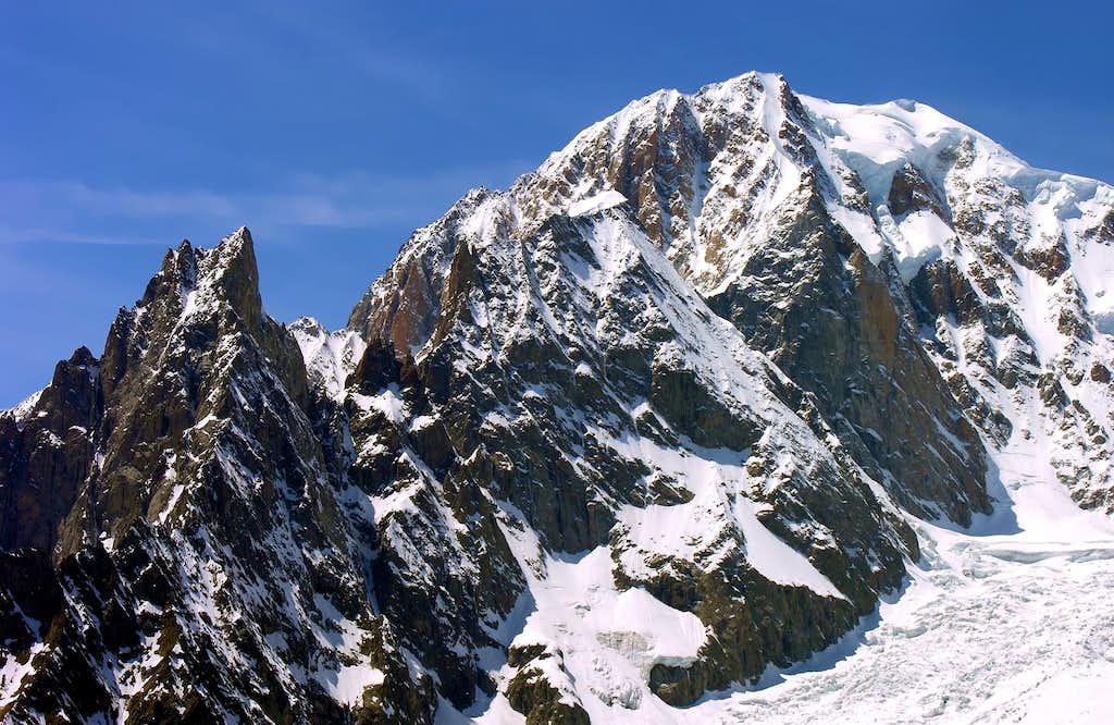 Le Mont Blanc <i>(4810m)</i>