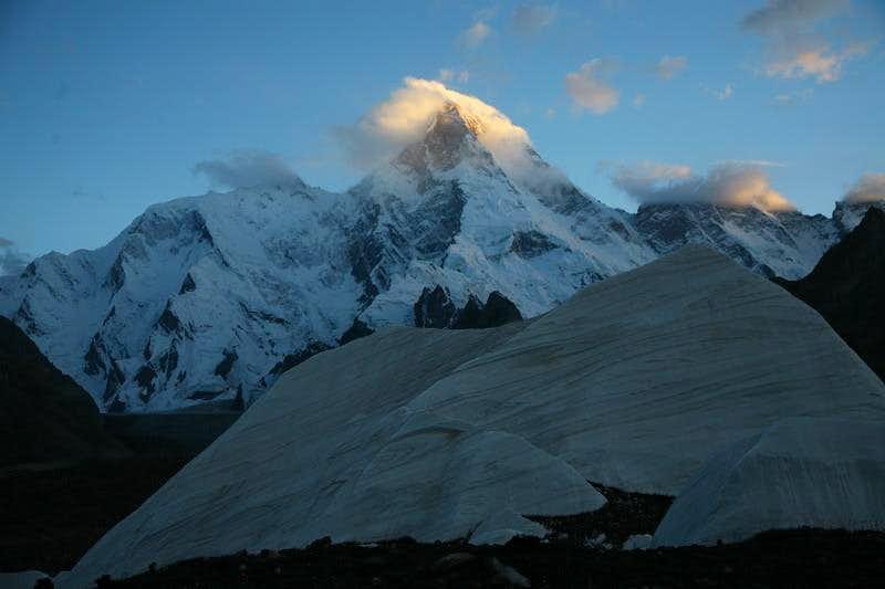 Masherbrum (7821m), Karakoram, Baltistan