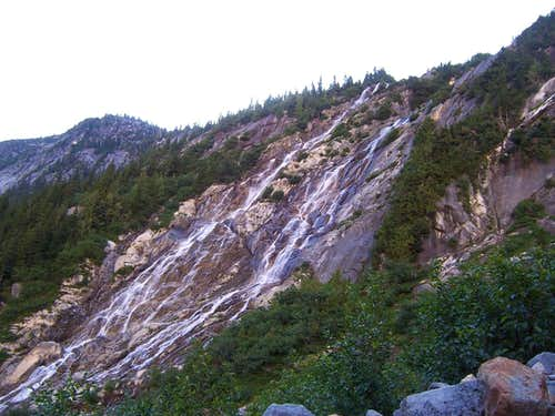 Waterfall from Luna Lake