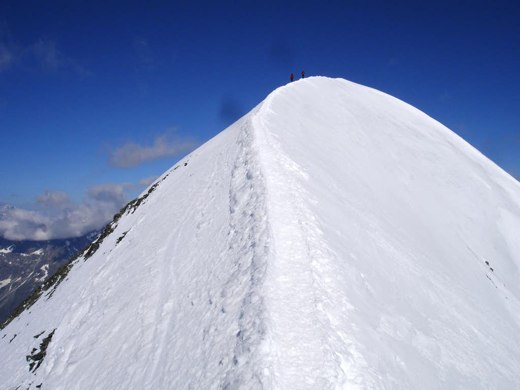 Breithorn main's east ridge