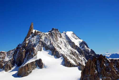 Dent du Géant seen from the summit of Aiguille de Toula