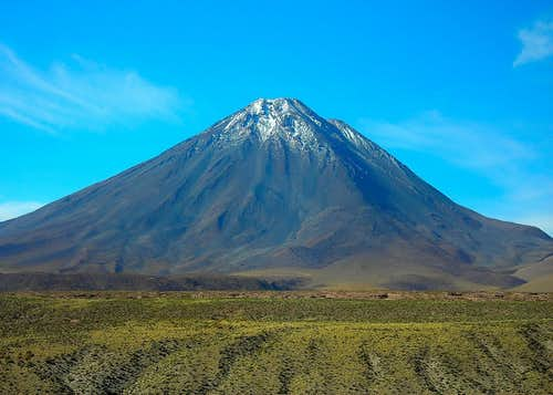 Volcan Licancabur (5960m - Chile)