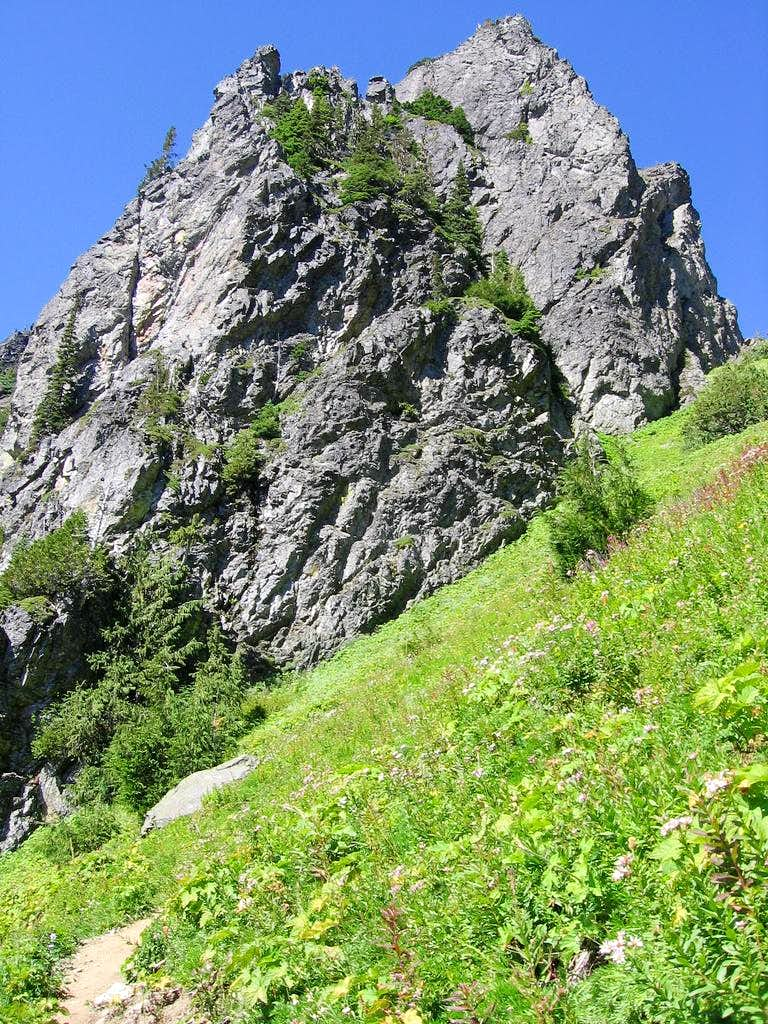 Outcrop - Stujack Pass