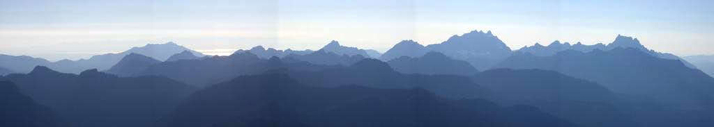 Western Skyline  from Mt Pugh