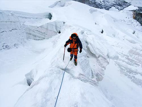 Coming down through the icefall