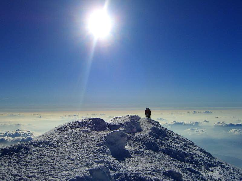 To be alone on Mont Blanc