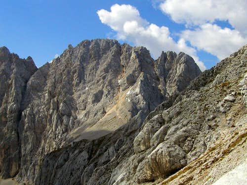Veliki Oltar, 2621m from the slopes of Dovski Kriz, 2542m.
