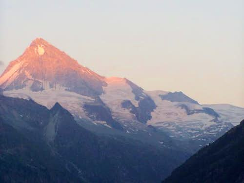 Sunset on the Dent Blanche...