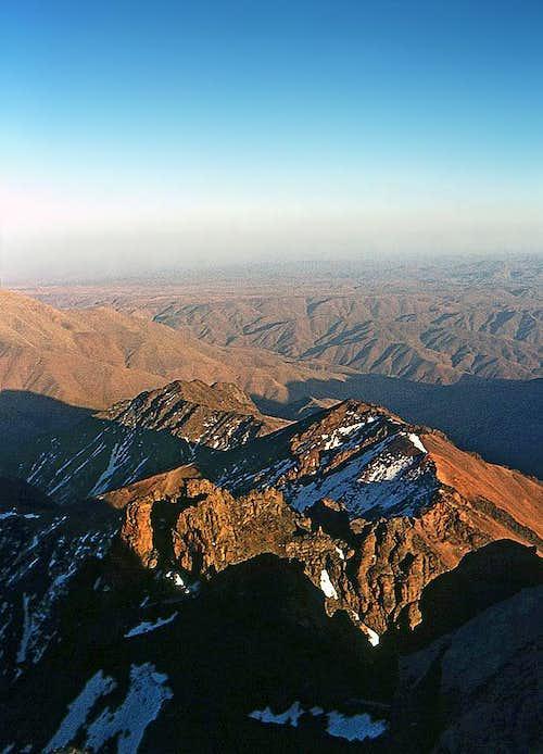 Sahara horizons from Toubkal