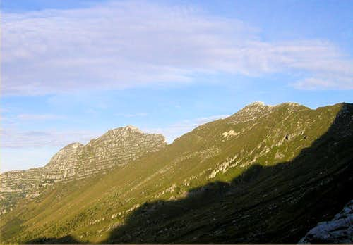 From the right: Curtissons, 2240m, Monte Zabus, 2244m and Monte Cimone, 2380m.