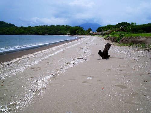 Isla del Tigre from beach