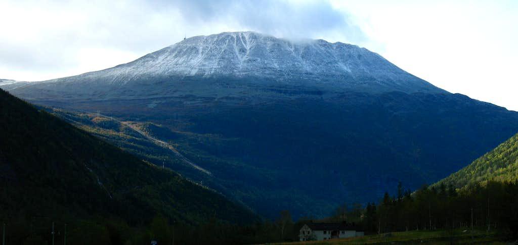 popular peak