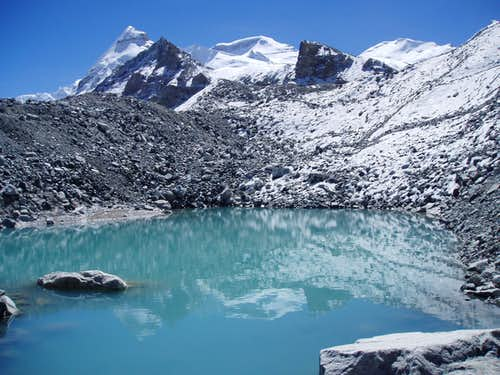 Reflection of Cho Oyu