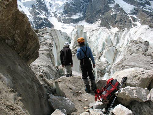 Crevasses Of The Second Icefall