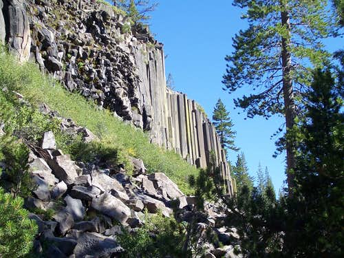 First view of the Devils Postpile