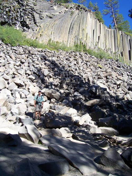 Me in front of Devils Postpile