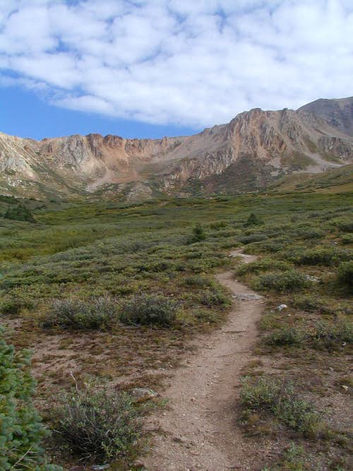 Trail through basin