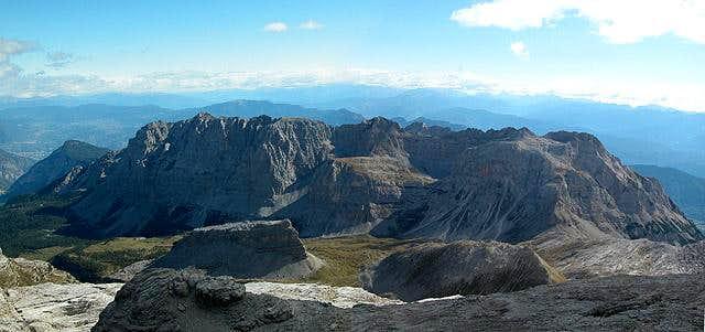 Summit view from Cima Grostè...