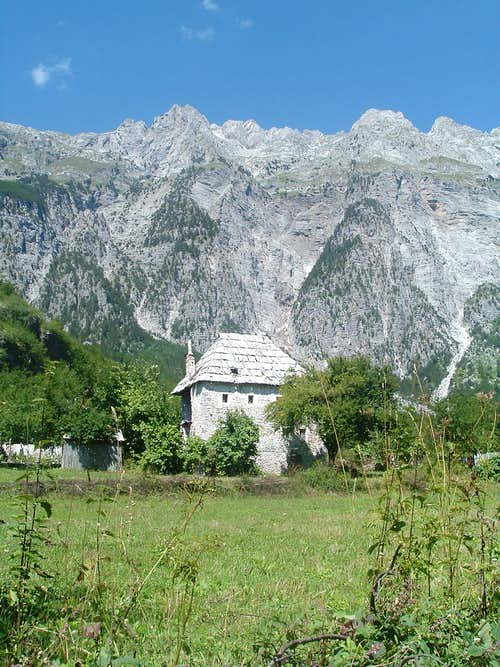 Okolj village