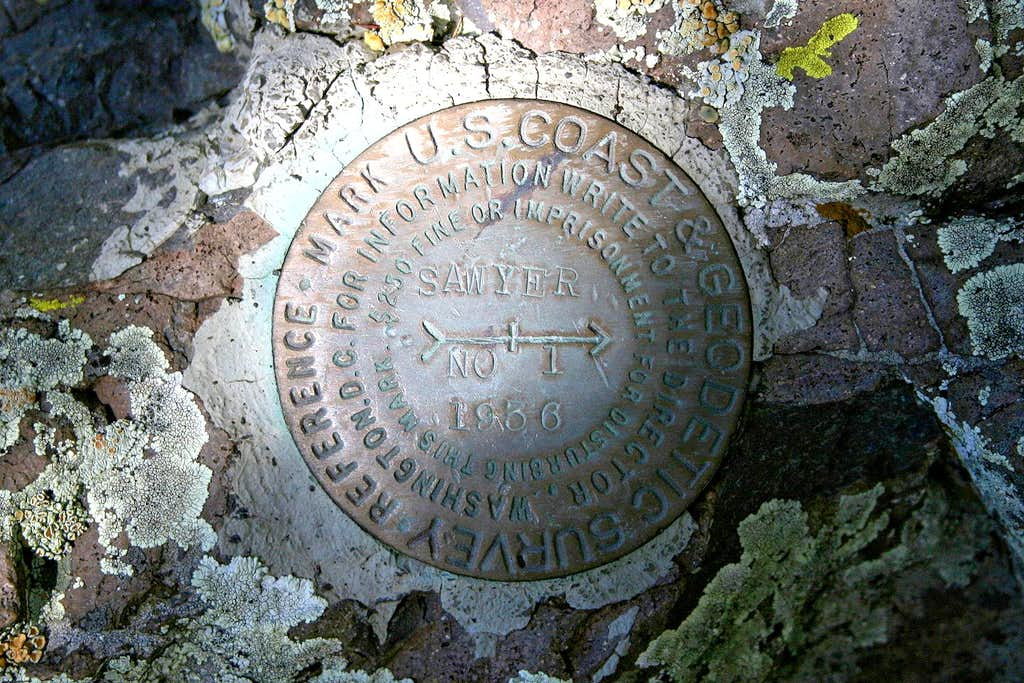 Sawyers Peak reference mark