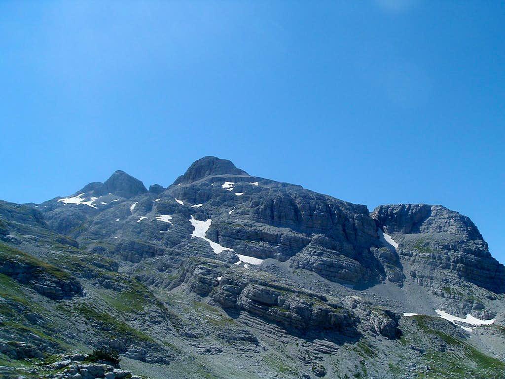 Maja Popluks (2569 m)