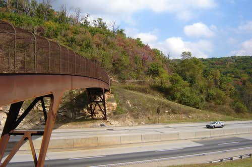 Nearby Laurel Highlands Trail bridge over PA Turnpike
