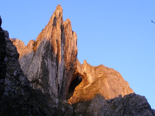 Cheile Turzii - Turnul Ascutit