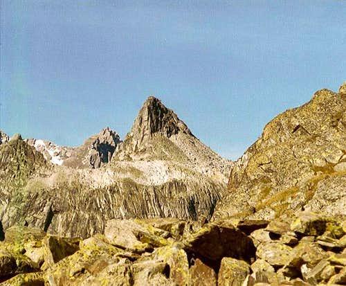 Pain du Sucre (2972m) seen...