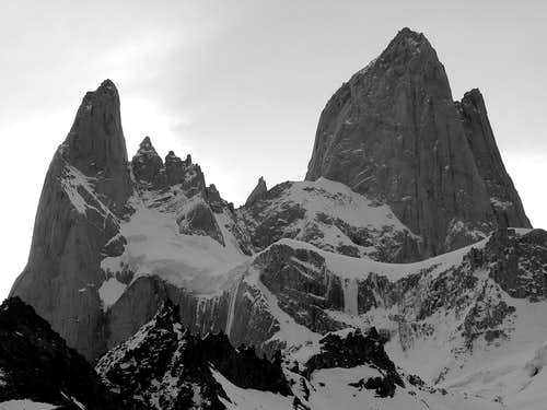 Aguja Poincenot (3002m) & FitzRoy (3375m)