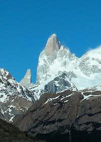 Aguja Poincenot (3002m - Northeast face)