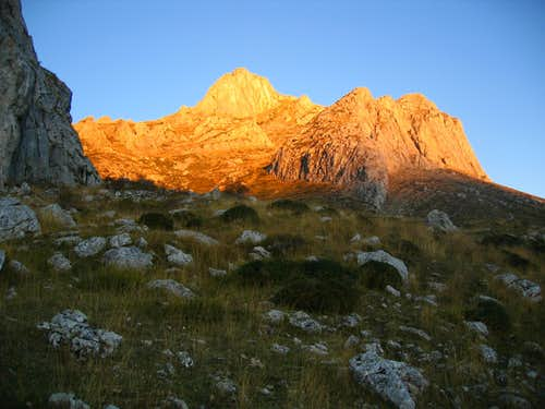 Sunset on Fontún peak