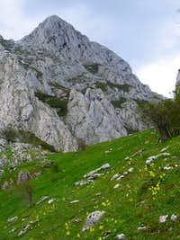Llerenes peak