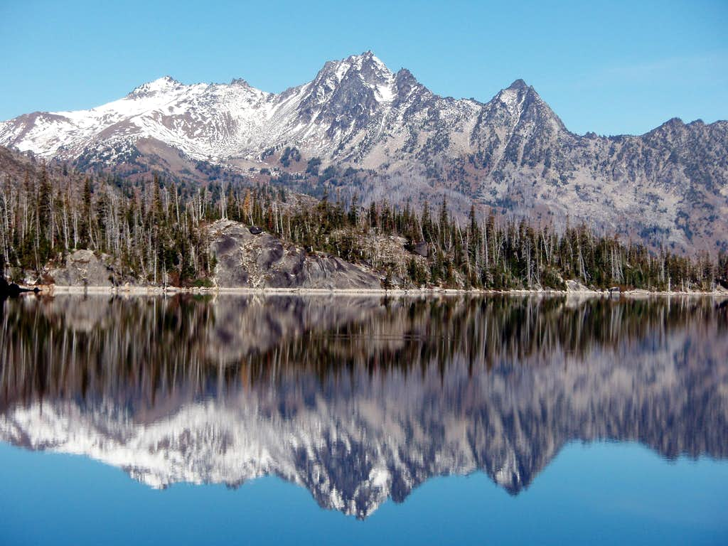 Cashmere reflecting on Colchuck Lk